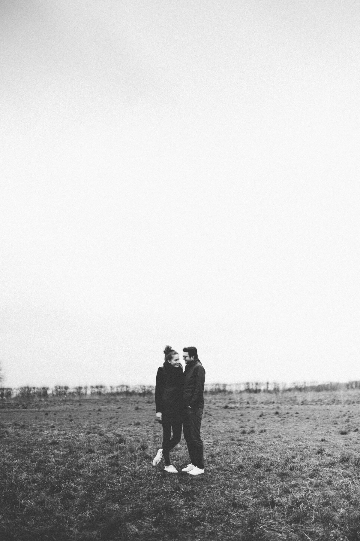 05b-outdoor-couple-photography-london-st-albans
