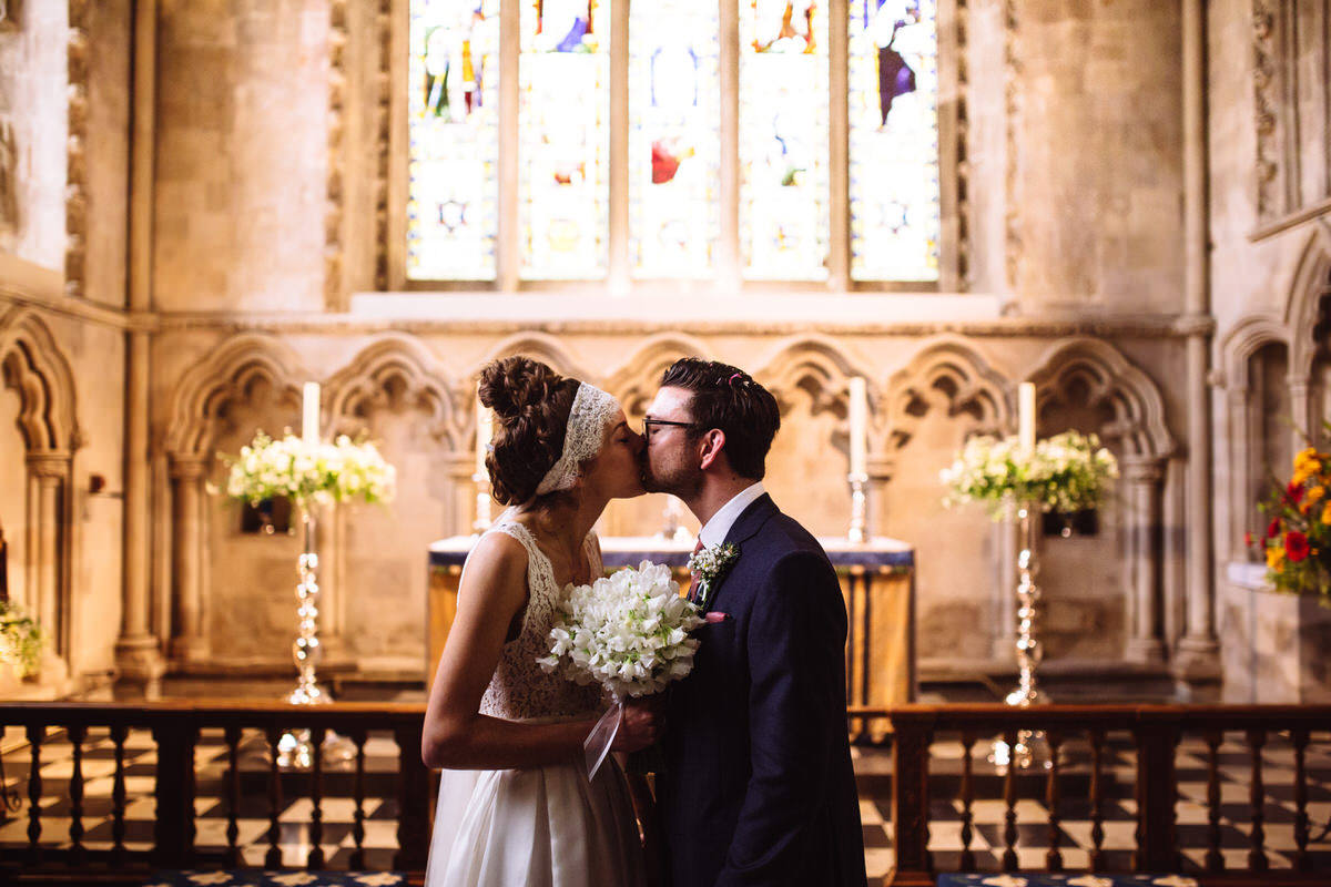 reportage wedding photography st albans cathedral